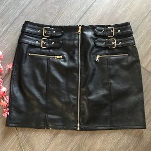 Top Shop black faux leather skirt size 14